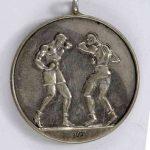 Zbiory dawnego Muzeum Sportu - boks (medale i trofea)