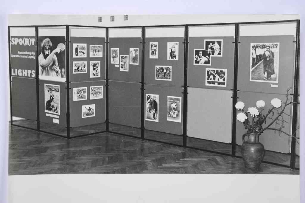 """""""Były takie wystawy""""… """"Sport w malarstwie"""" i """"Spo(r)tlights"""" – wystawy Muzeum Sportu"""