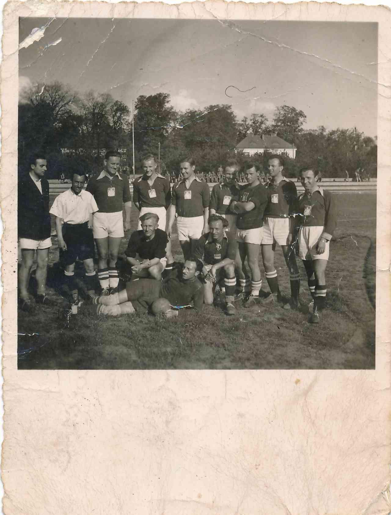 Fotografia drużyny piłki nożnej AZS Lublin z roku 1948