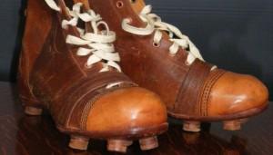 Historia buta piłkarskiego – artykuł z portalu Historia.org.pl